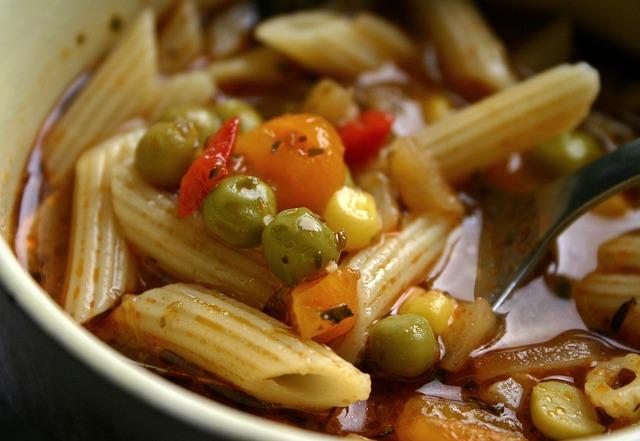 noodle-soup-482359_640